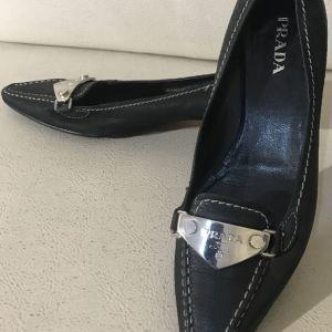 extravagant elegant unique genuine leather Prada made in Italy size 37 in excellent condition