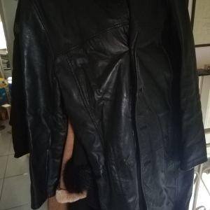Δερμάτινο μακρύ παλτό
