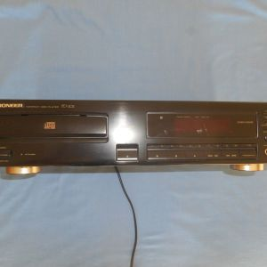 PIONEER COMPACT DISC PLAYER PD202