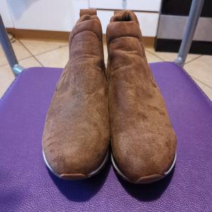 γυναικεία παπούτσια ημιψηλα
