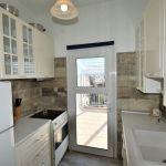 Πωλείται διαμέρισμα στο Λουτράκι με θέα θάλασσα και μεγάλη βεράντα
