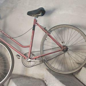Παλιό ποδήλατο πόλης Sport 70s