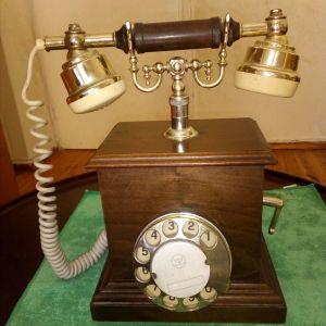 Τηλέφωνο εποχης
