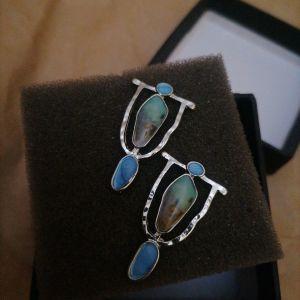 Σκουλαρίκια με μαργαριτάρια vintage.