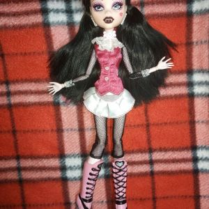 Monster High Draculaura First Wave Doll