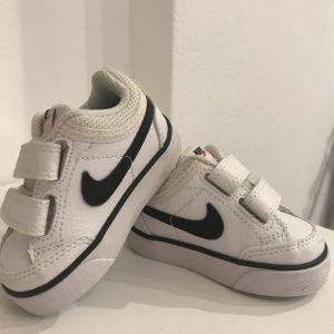 Nike παιδικά παπούτσια (Νο18,5)