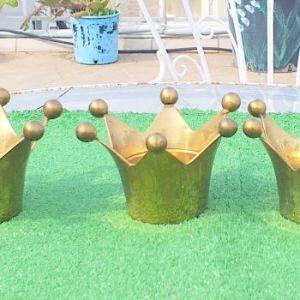 Πέντε μεταλλικά ανοξείδωτα, σε χρυσό χρώμα, δεν παθαίνουνε τίποτα, για διάφορες χρήσεις, για κηροπήγια, για αυγοθήκες , κλπ.