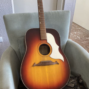 Ακουστική κιθάρα Crucianelli 1971