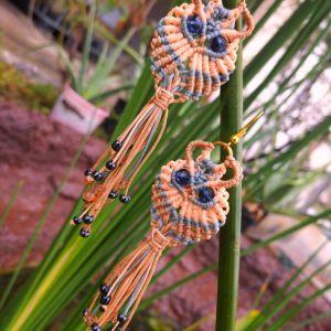 Σκουλαρίκια *Liberty OWLS* με τέχνη μακραμε, γυαλινες χαντρες. Χειροποιητο.