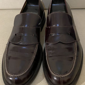 extremely gorgeous extravagant elegant unique genuinely leather loafers made in Italy size 11