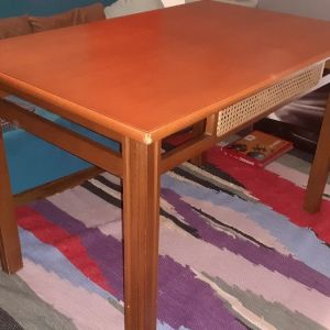 τραπέζι γνήσιο ξύλο