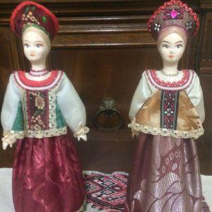 Ρωσικές   χειροποίητες  κούκλες  με   παραδοσιακές  ενδυμασίες
