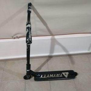 Πατίνι για κόλπα Freestyle Stunt Scooter Custom μαύρο