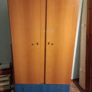Ντουλαπα ξυλινη προς πωληση 90εκ.×47εκ.