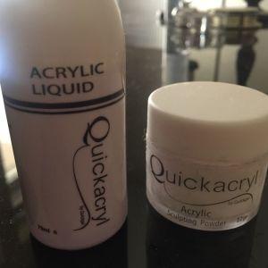 Ακρυλικη σκόνη και υγρό ακρυλικου μαζί Quickacryl  σχεδόν γεμάτα