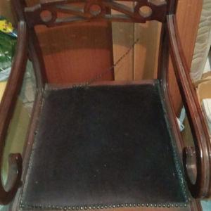 Καρέκλα παλιο στυλ μοναδικό σχέδιο με βελούδο