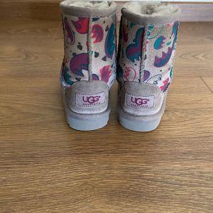 Παιδικές μπότες ugg