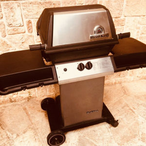 Barbeque / BBQ BROIL KING MONARCH BLACK / ψησταρια υγραεριου
