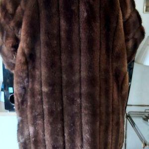 Συνθετική γούνα Xl-L noumero. Se άριστη .