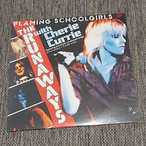 FLAMING SCHOOL GIRLS - THE RUNAWAYS WITH CHERIE CURRIE 1980