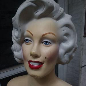 4μεγαλες κούκλες βιτρίνας Αμερική σταρ