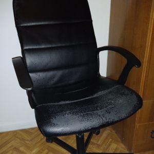 καρέκλα γραφείου 20 ευρώ
