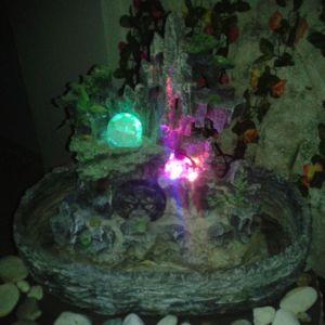 Συντριβάνι κήπου οβάλ με LED φωτισμό