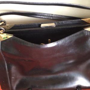 Μαύρη δερμάτινη τσάντα . Vintage