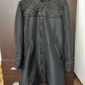 Μαύρο ιταλικό μπουφάν με δαντελα