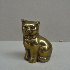 Άγαλμα γάτας μπρούντζινο.