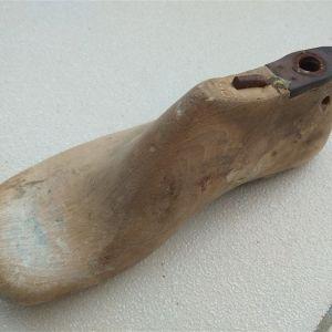 Καλαπόδι ξύλινο No 28