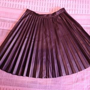 δερματινη φούστα ζαρα Μ