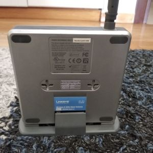 MODEM ROUTER LINKSYS WAG200G