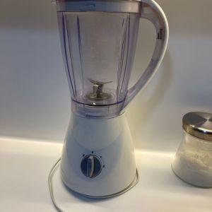 Blender με μοτέρ ισχυρότατο με 2 ταχύτητες