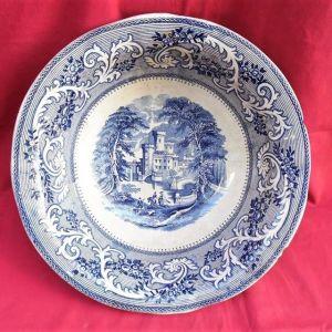 Μεγάλο βαθύ εγγλέζικο πιάτο - λαβομάνο αρχών του προηγούμενου αιώνα.