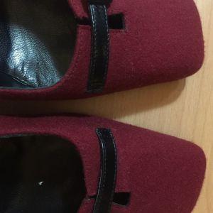 Ιδιαίτερα Γυναικεία Παπούτσια, 37 & 1/2 Ιταλικά.