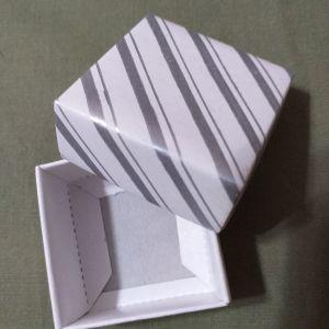 Κουτάκια συσκευασίας 4×4 εκατοστά