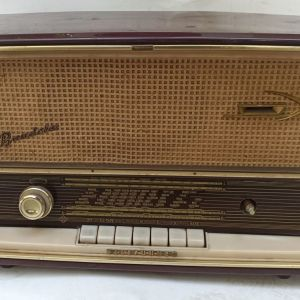 Λειτουργικό ραδιόφωνο Telefunken 1961