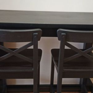 IKEA τραπέζι μπαρ STORNAS και 2 INGOLF σκαμπό μπαρ με πλάτη