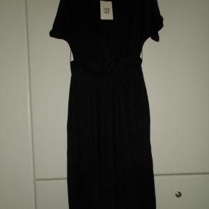bershka ολοκαινουργιο φορεμα small