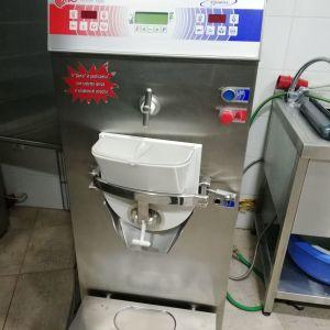Πωλείται μηχανή παρασκευαστής παγωτού – γλυκών πολυμήχανημα BRAVO Trittico Executive 05