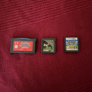 Pokemon cartridges