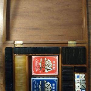 Σετ ζάρια και μάρκες για πόκερ seagram, poker chips set and dice