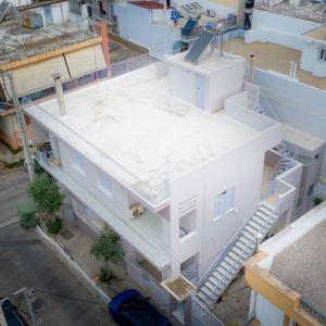 Μονοκατοικία 238 τ.μ. | 3 οριζόντιες ιδιοκτησίες, διαμπερείς με αυλή