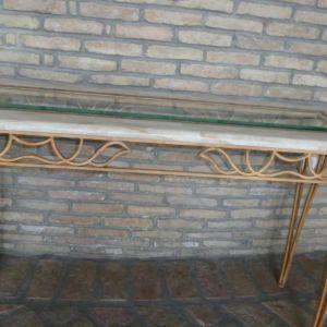 Πωλείται τραπεζάκι/κονσόλα από οστρακόπετρα  (διαστάσεων Μ.1,30 x Π.0,42 x Υ.0,78)