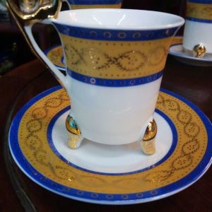 Σετ 2 τμχ φλυτζάνι και πιάτο Πορσελάνινο χειροποίητο επιχρυσωμένο με χρυσή πατίνα. Αμεταχείριστο!