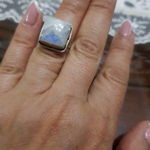 Ασημένιο δαχτυλίδι με πέτρα