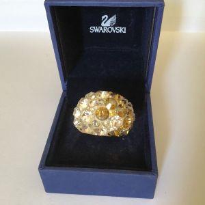 Swarovski δαχτυλίδι