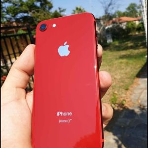 I phone 8 red