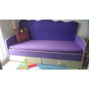 Βρεφική κούνια, λίκνο, κρεβάτι, ντουλάπα, συρταριέρα, αλαξιέρα. Άριστη κατάσταση!